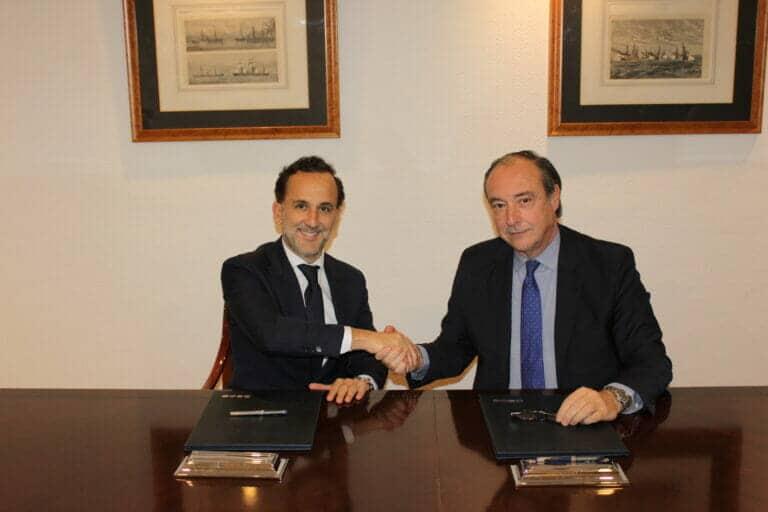 El secretario general del Club de Excelencia en Sostenibilidad, Juan Francisco Alfaro, junto con el secretario general de CEOE, José Alberto González-Ruiz