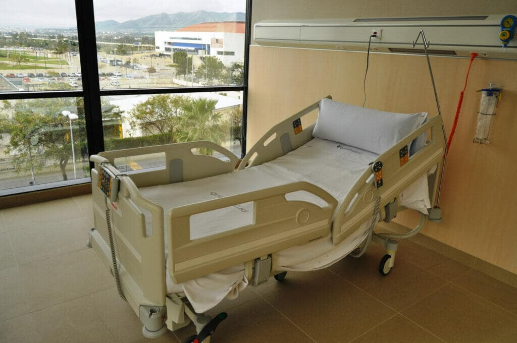 habitación hospital quirónsalud malaga