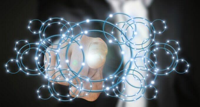 El don de la ubicuidad de la IA en la gestión empresarial