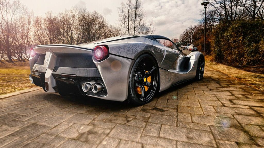Ferrari como recomendación para el inversor.