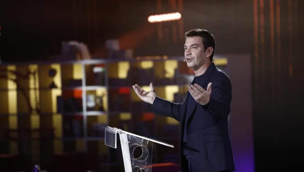 Arturo Valls dirigió Grandes Profes 2020