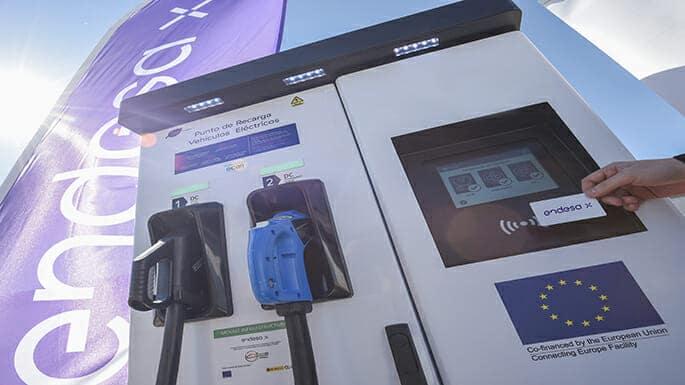 Puntos de recarg eléctrica de Endesa en estaciones de Gasexpress