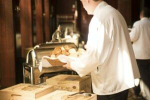 contratos temporales en la hostelería