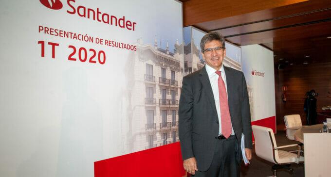 Santander provisiona y gana un 82% menos en el primer trimestre del año