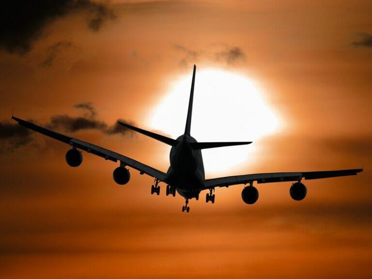 viajes en avión afectados por el coronavirus