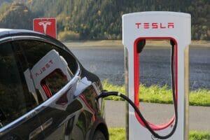 tesla mucho más que el vehículo eléctrico.jpg