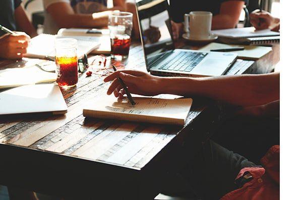 Hay ciertos negocios rentables que no requieren de que formemos un equipo.