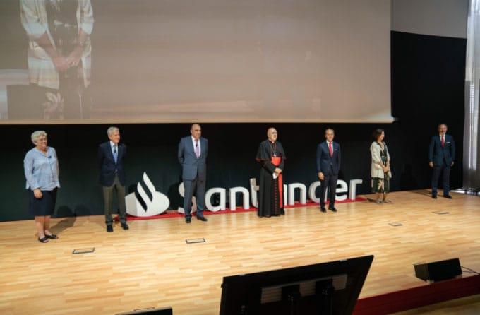 Fondo-solidario-de-Santander-acto-Caritas,-Manos-Unidas-Confer