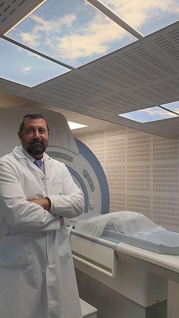DR.-DE-LA-CHICA_cardiologo