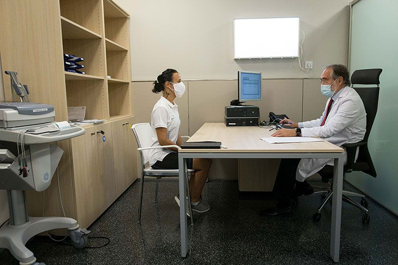 Quirónsalud-medico-oficial-Reto-Pelayo-Vida-2020