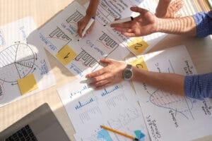 gráficos e informes