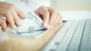 En EE.UU. se puede observar una sobrevaloración y una concentración insana del dinero de los inversores en las empresas de Internet