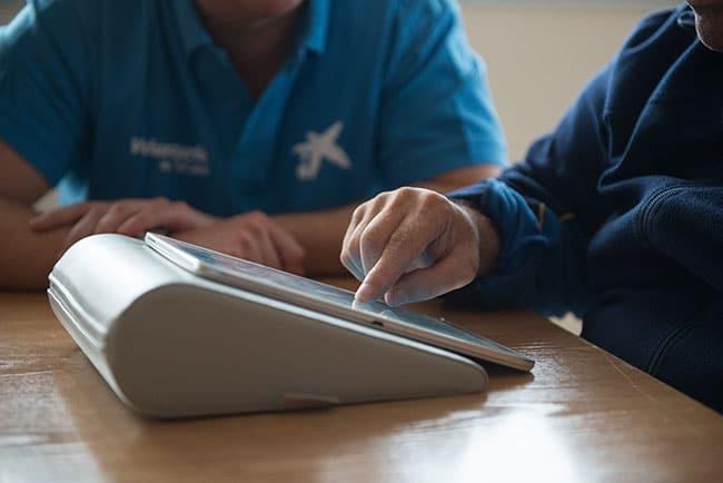 Caixabank-cede-tablets-a-residencias-para-la-gente-mayor
