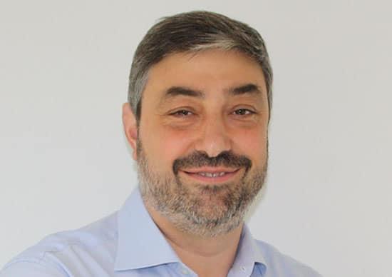 Enrique-Gomez-Director-de-Medallia-CX