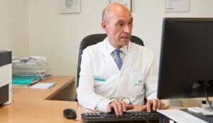 cirujano Dr. Meneu