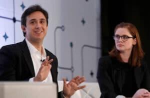 La idea de crear la criptomoneda Tezos surgió de Arthur y Kathleen Breitman en 2011.