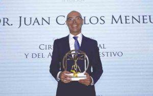 Dr. Meneu, Premio Nacional de Medicina.