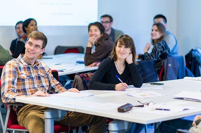 alumnos emprendedores de IESE
