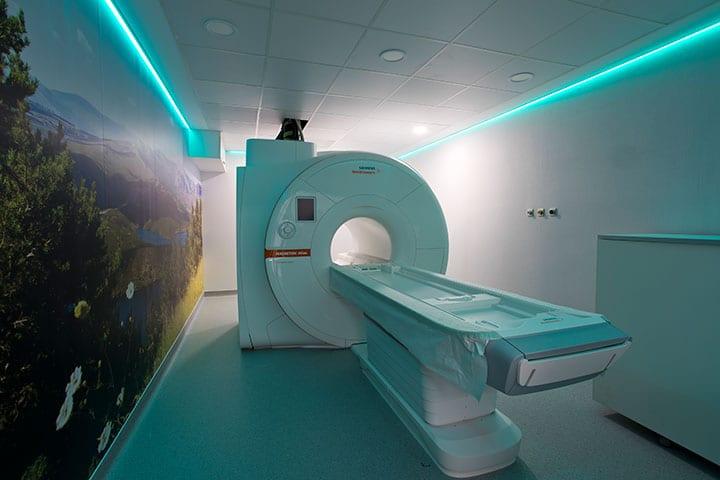 resonancia-magnética-Centro-Médico-Quirónsalud-Valle-del-Henares