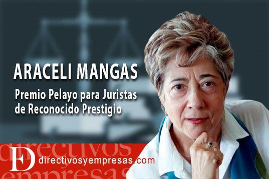 Araceli Mangas Premio Pelayo