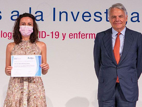 Dra.-Gloria-Álvarez-ayudas-a-la-investigación-de-Fundación-Mutua-Madrileña