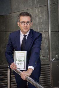 Pablo Foncillas, autor de Fact Energy, la sostenibilidad que viene (Deusto)