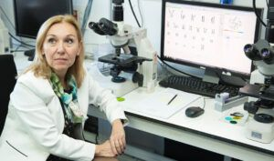 Dra. Carmen Ayuso